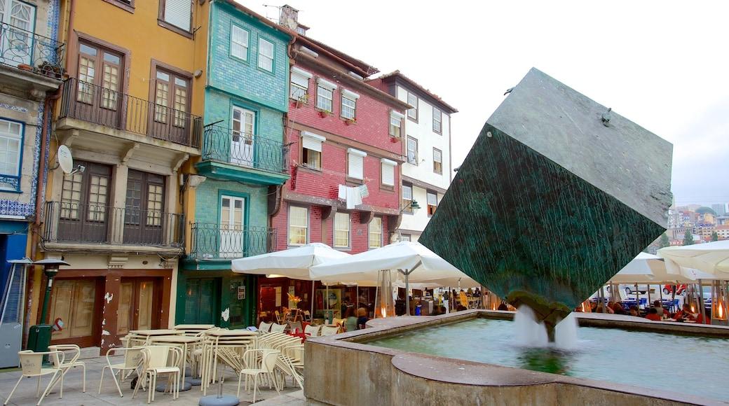 Ribeira-plassen fasiliteter samt torg eller plass, monument og fjell