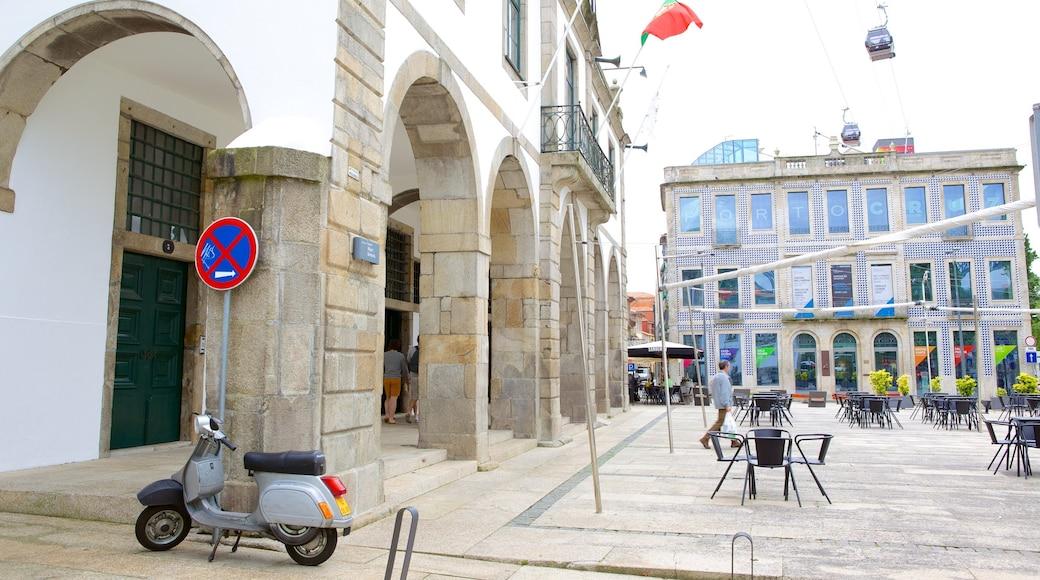 Sandeman Cellars fasiliteter samt torg eller plass og historisk arkitektur
