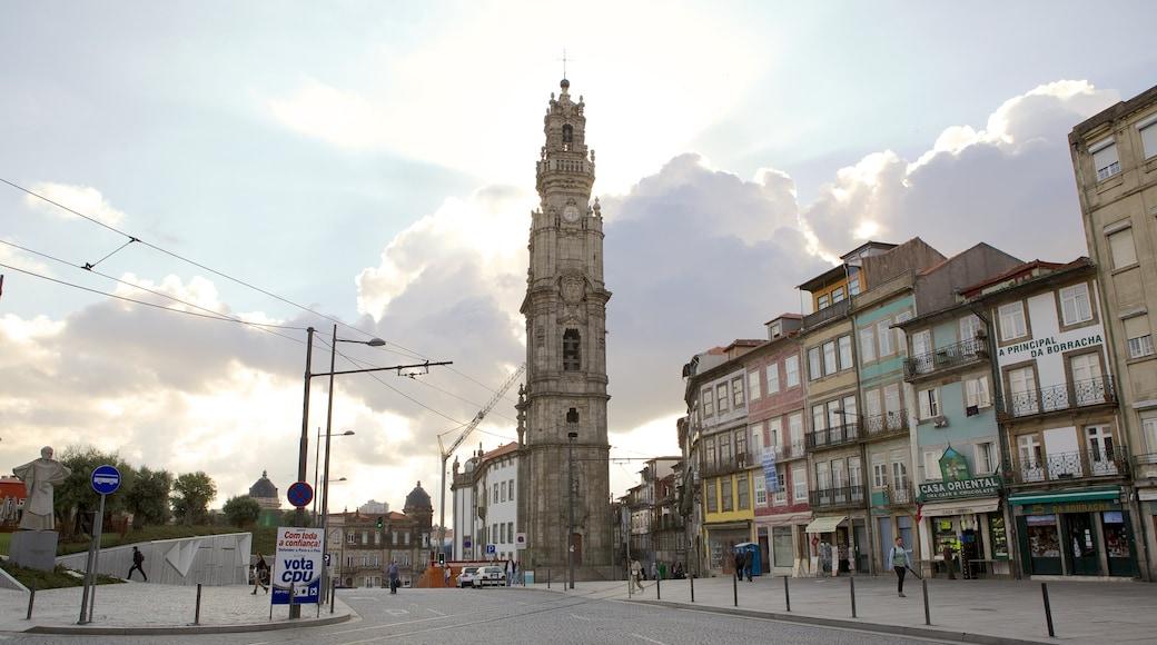 Porto som inkluderer gatescener og by