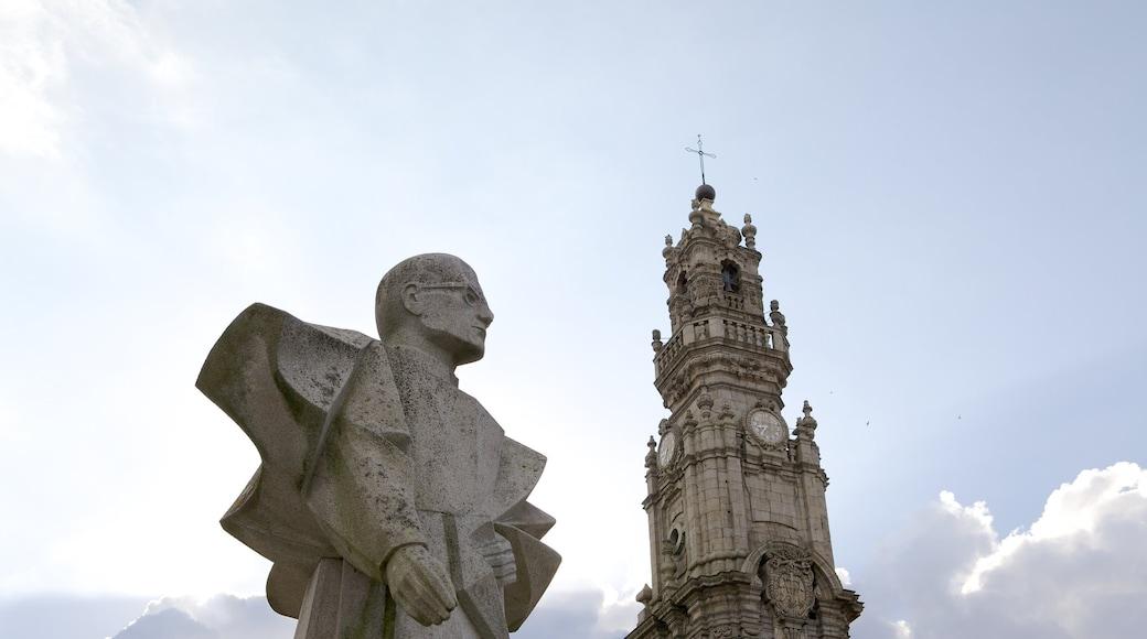 Nord som viser utendørs kunst, historisk arkitektur og statue eller skulptur