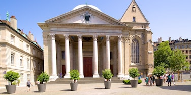 Saint-Pierre Cathedral showing heritage architecture and street scenes