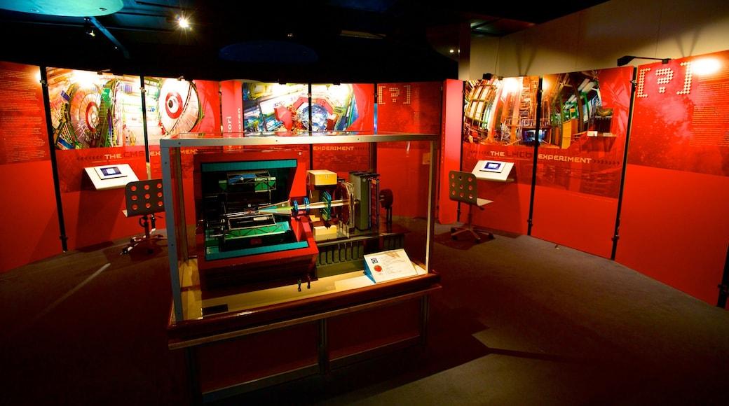 CERN mostrando vistas de interior
