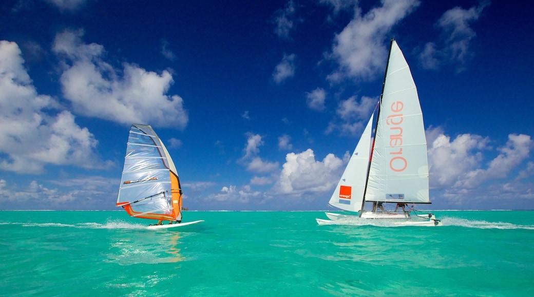 Tahiti qui includes vues littorales et planche à voile