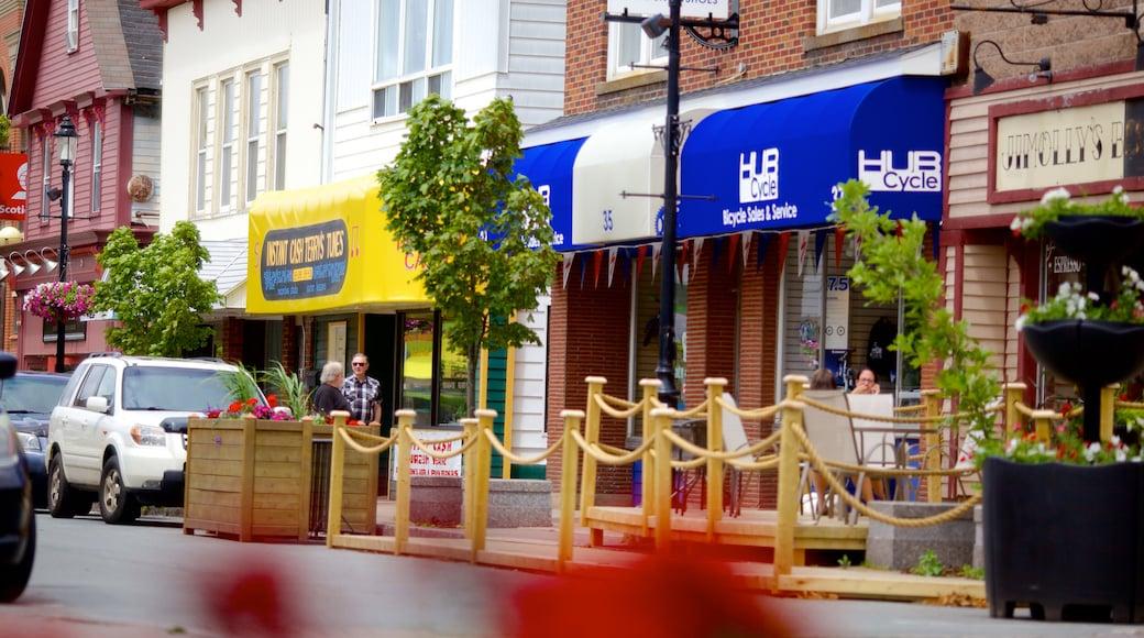 Truro showing street scenes
