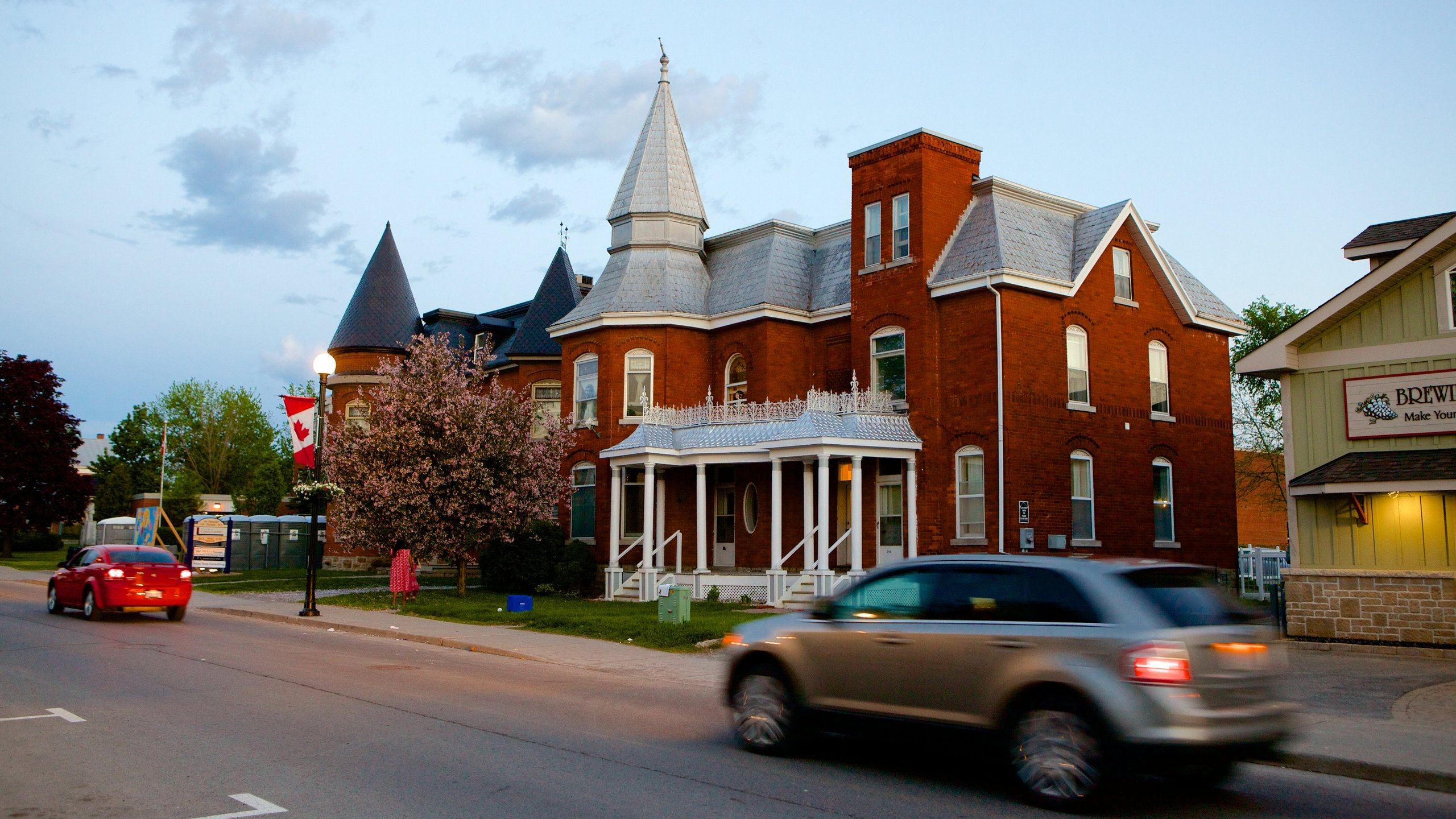 Kemptville Hotels from C$110 - Cheap