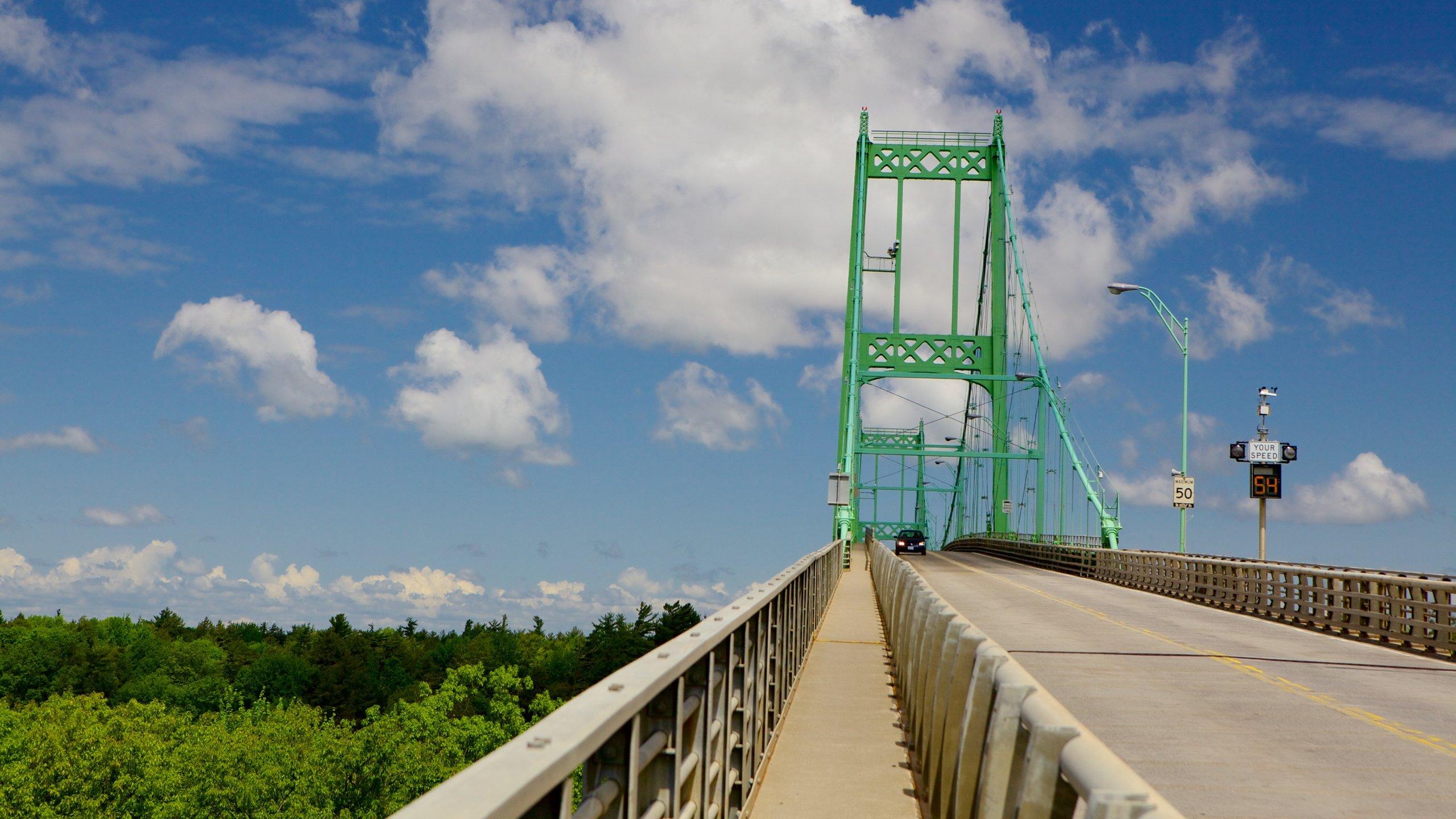 Thousand Islands Bridge, Wellesley Island, Leeds and the Thousand Islands, Ontario, Canada