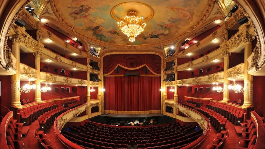 Royal Opera of Wallonia mostrando escenas de teatro y vistas interiores