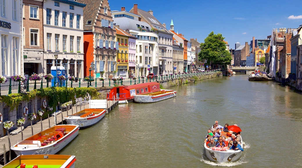 Ghent showing a city and boating