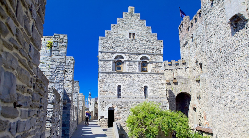 Gravensteen featuring a castle and heritage architecture