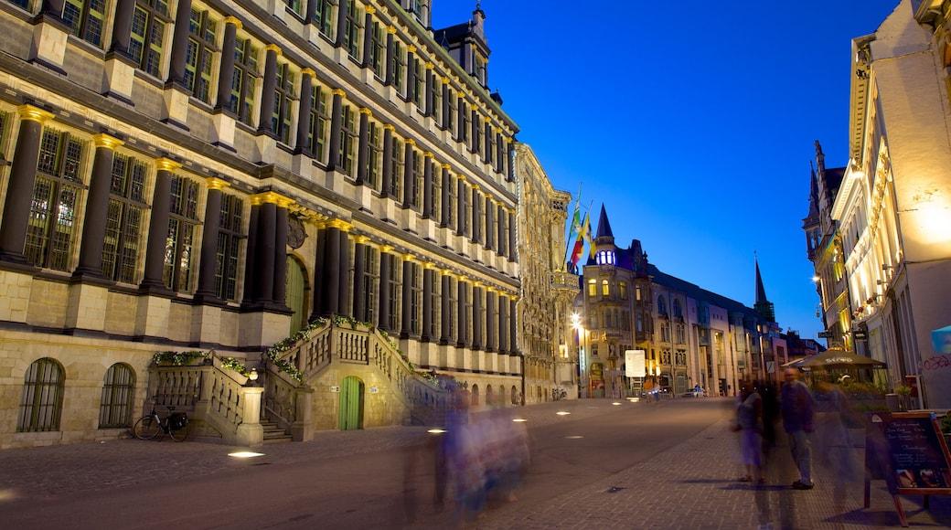 Gent Rathaus mit einem bei Nacht, Straßenszenen und historische Architektur
