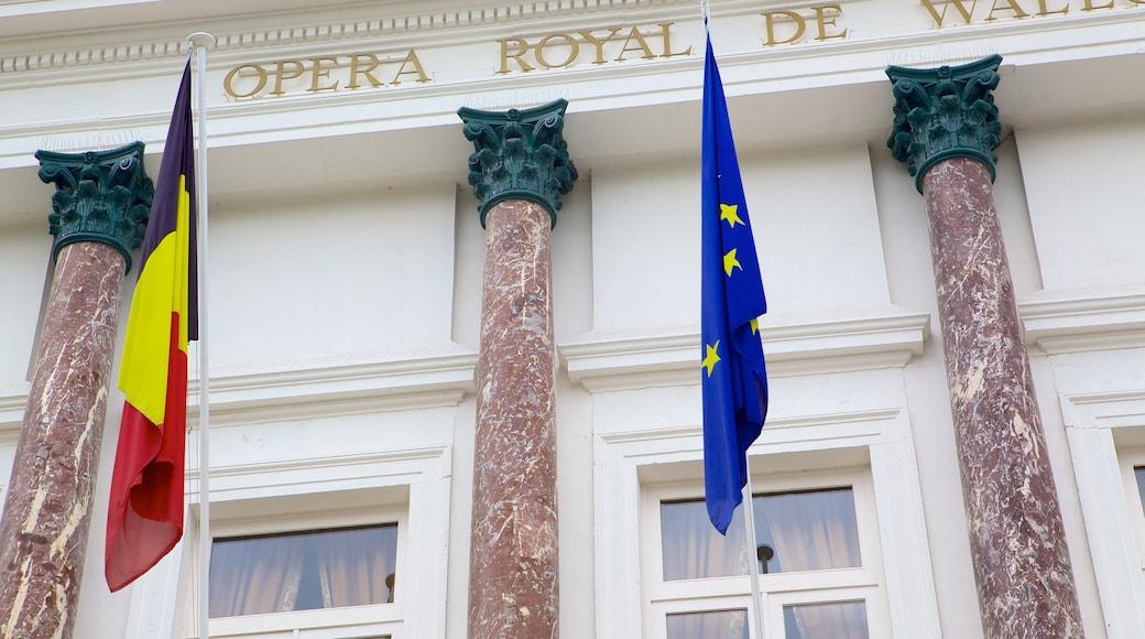 Koninklijke Opera van Wallonië bevat historische architectuur