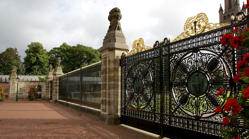 Peace Palace showing heritage architecture and a castle