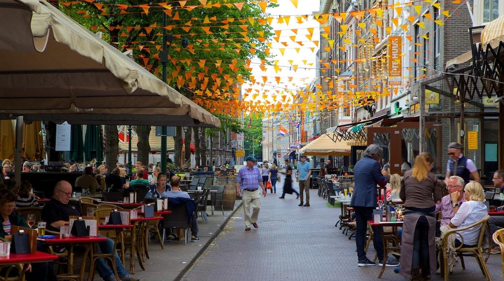 Plein caratteristiche di caffè, strade e città