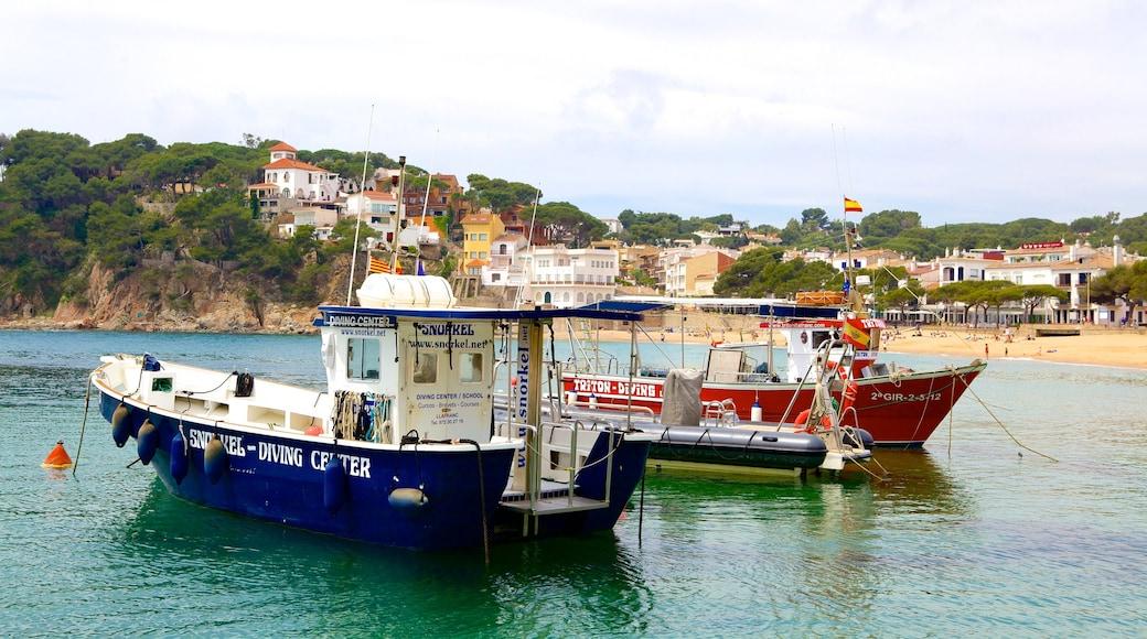 Llafranc som inkluderar en kuststad