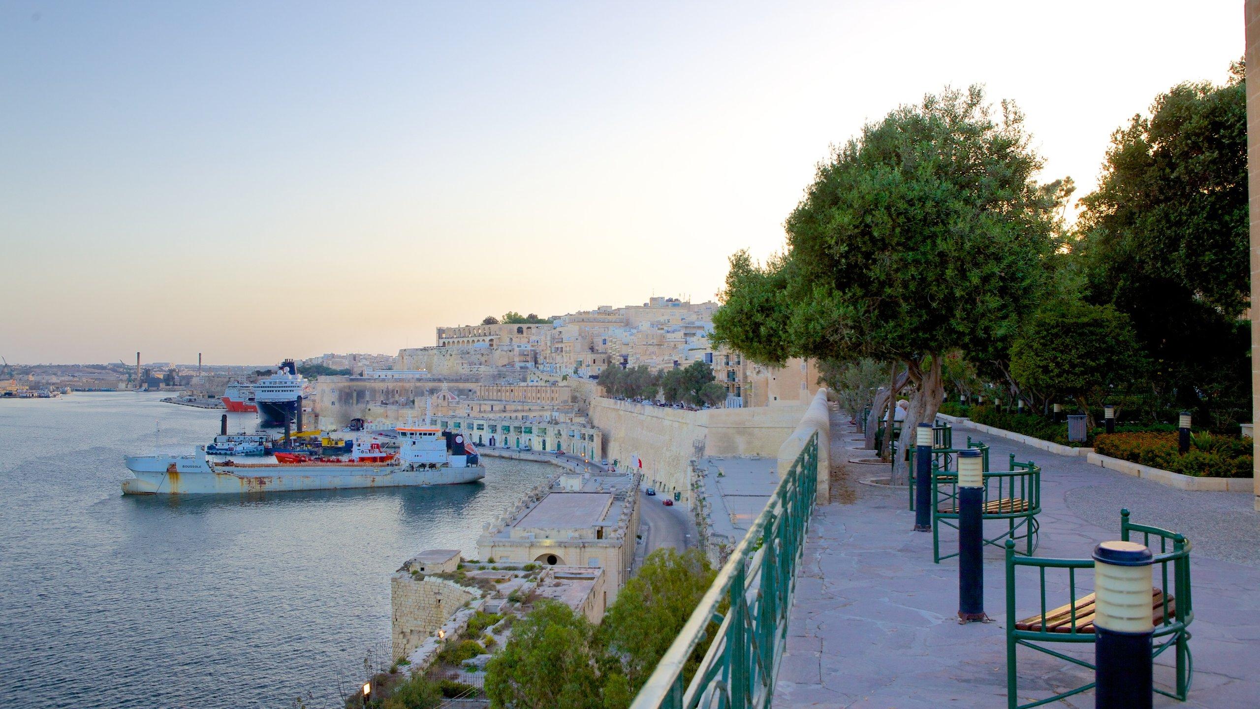 Bereits in der Antike verzückte der Naturhafen Grand Harbour die Menschen mit seinen hohen Klippen, Festungen und Dörfern am Ufer des Mittelmeers.