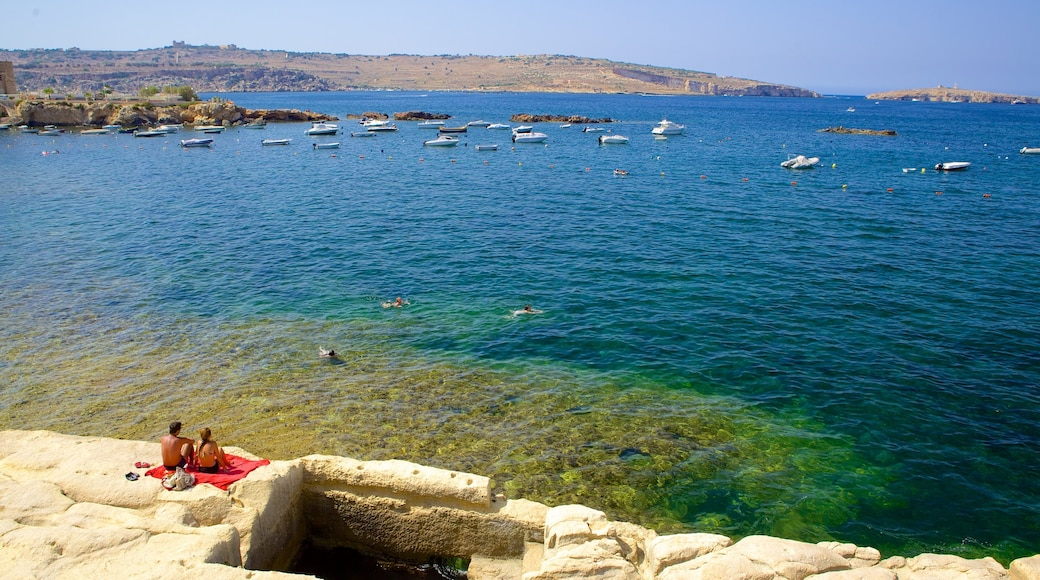 San Pawl il-Baħar mettant en vedette côte escarpée