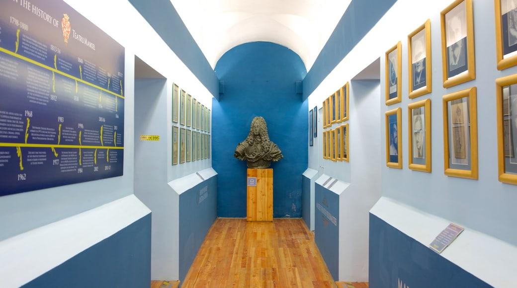 Teatru Manoel das einen Statue oder Skulptur und Innenansichten