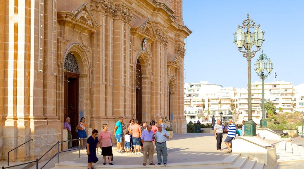 Kirche in Mellieha mit einem Straßenszenen, Kirche oder Kathedrale und Stadt