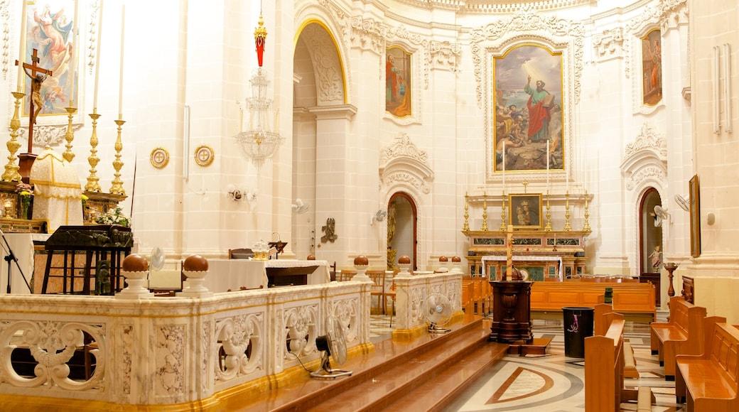 Kirche in Mellieha welches beinhaltet religiöse Elemente, Kirche oder Kathedrale und Innenansichten