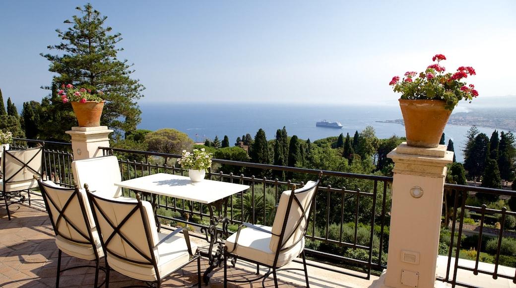 Messina che include vista della costa