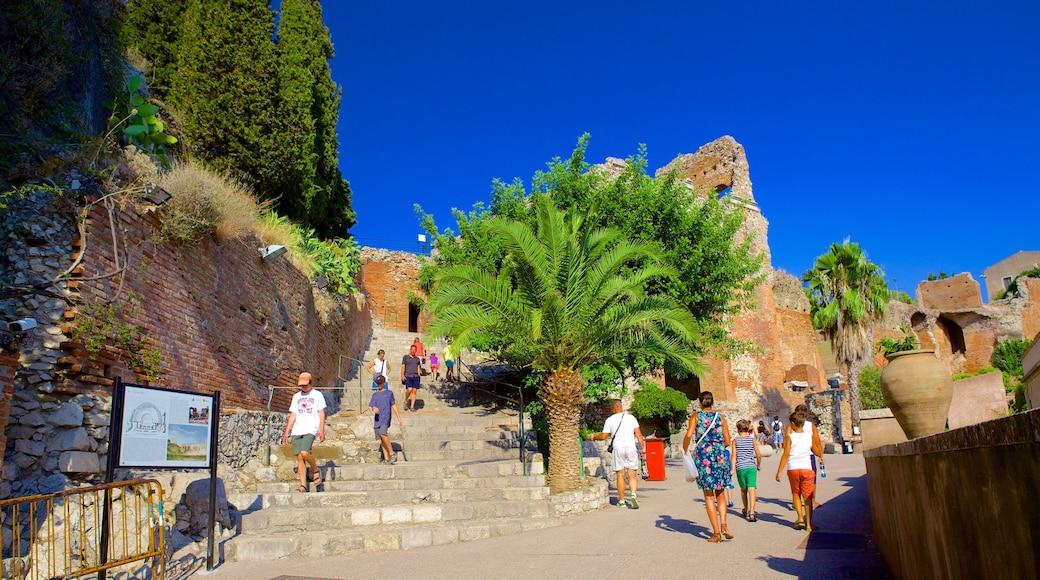 Greek Theatre featuring street scenes