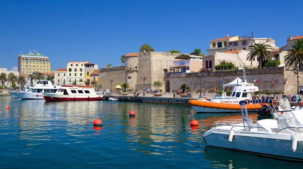 阿爾蓋爾 — 北撒丁尼亞島 呈现出 小港灣
