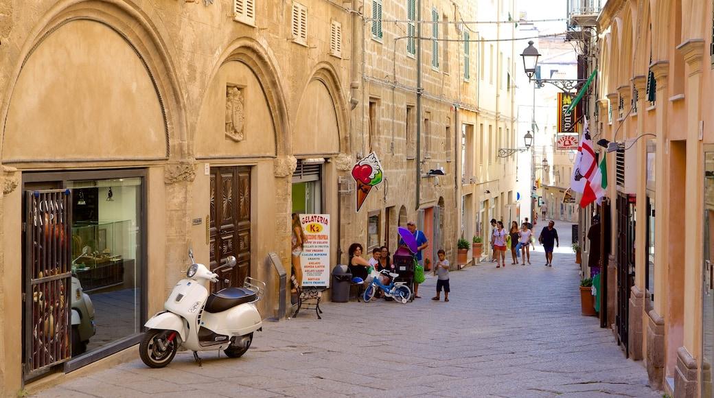 阿爾蓋爾 — 北撒丁尼亞島 设有 街道景色