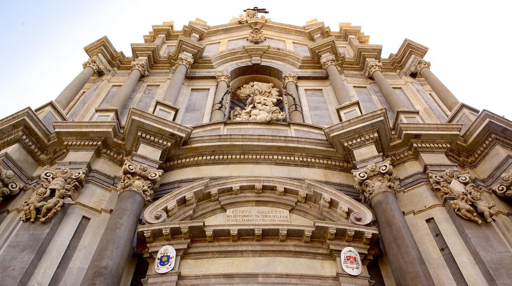 Kathedrale von Catania das einen religiöse Elemente, historische Architektur und Kirche oder Kathedrale