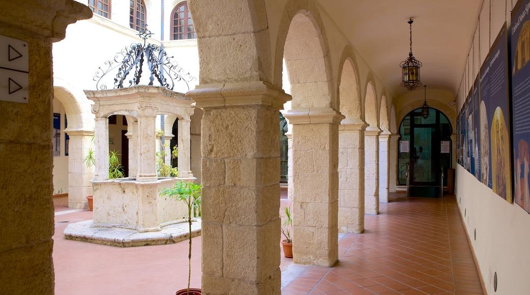 Sanctuaire Notre-Dame-de-Bonaria qui includes patrimoine architectural