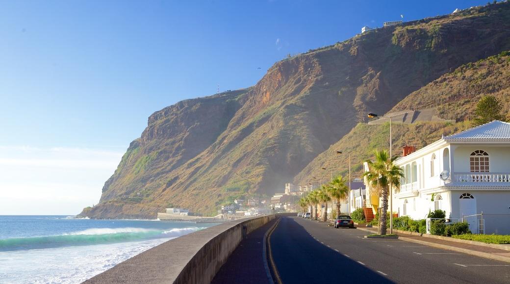 Paul do Mar mit einem allgemeine Küstenansicht und Straßenszenen