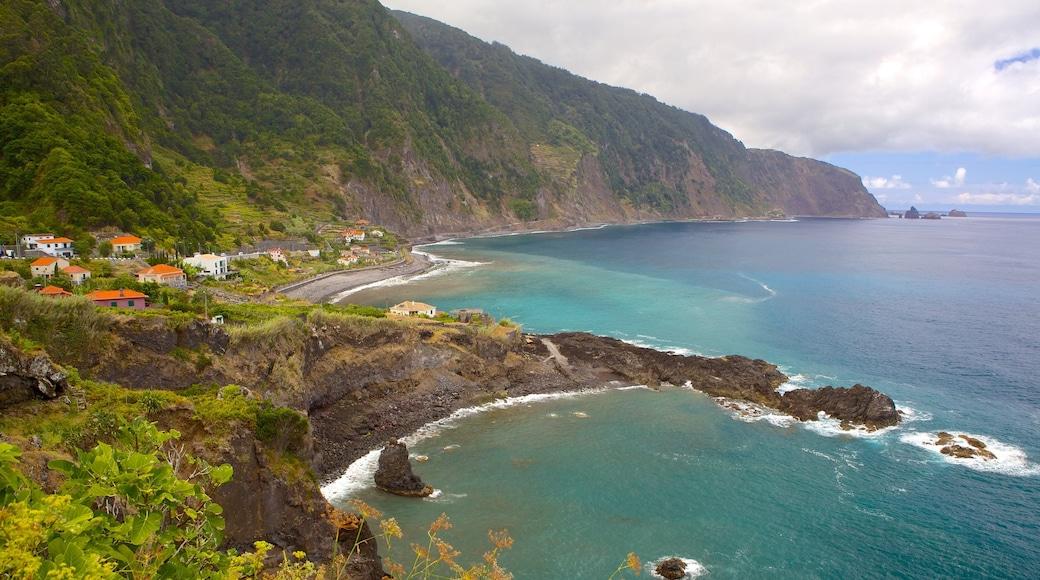 Madeira toont ruige kustlijn