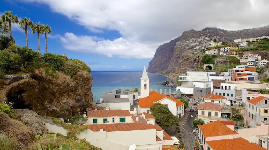 Cabo Girao bevat een kuststadje