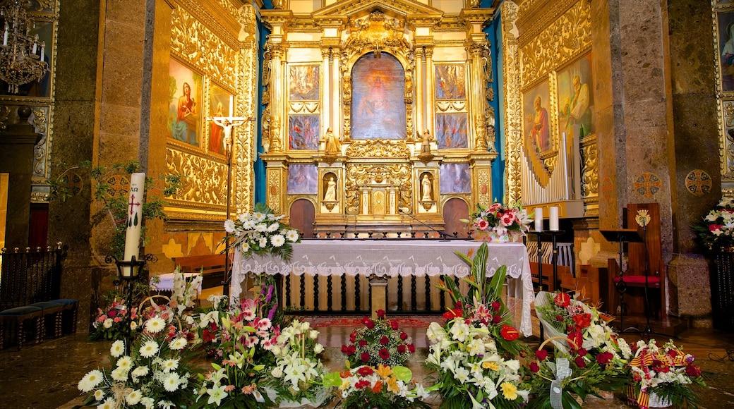 Santuari de Lluc mit einem Kirche oder Kathedrale, historische Architektur und religiöse Elemente