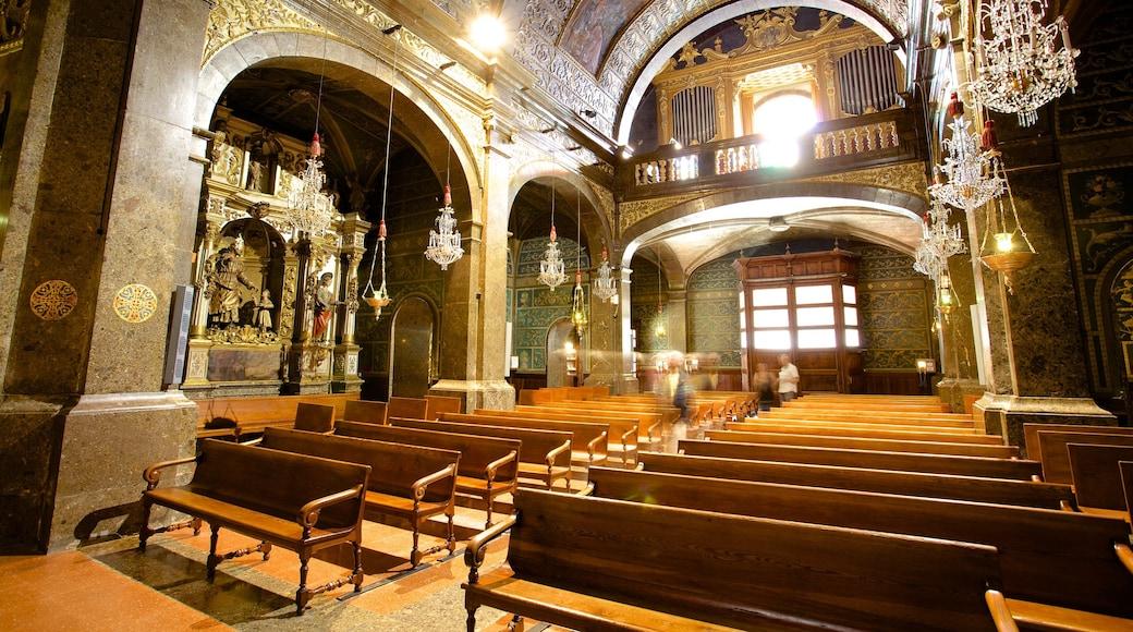 Santuari de Lluc das einen historische Architektur, Innenansichten und religiöse Aspekte
