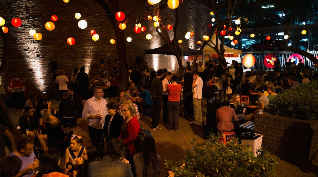 Parramatta which includes street scenes, night scenes and nightlife