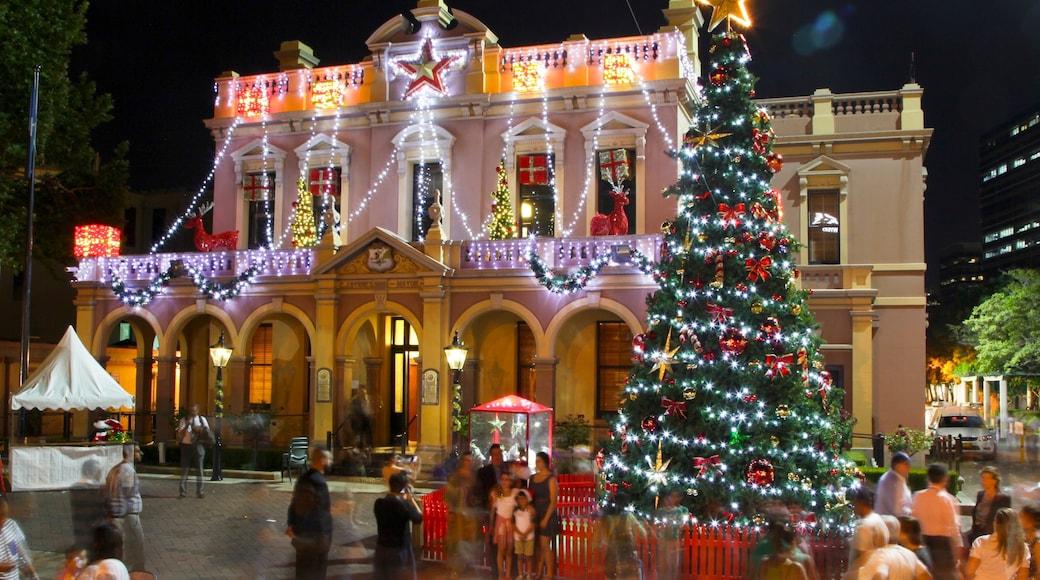 Parramatta featuring nightlife, night scenes and street scenes