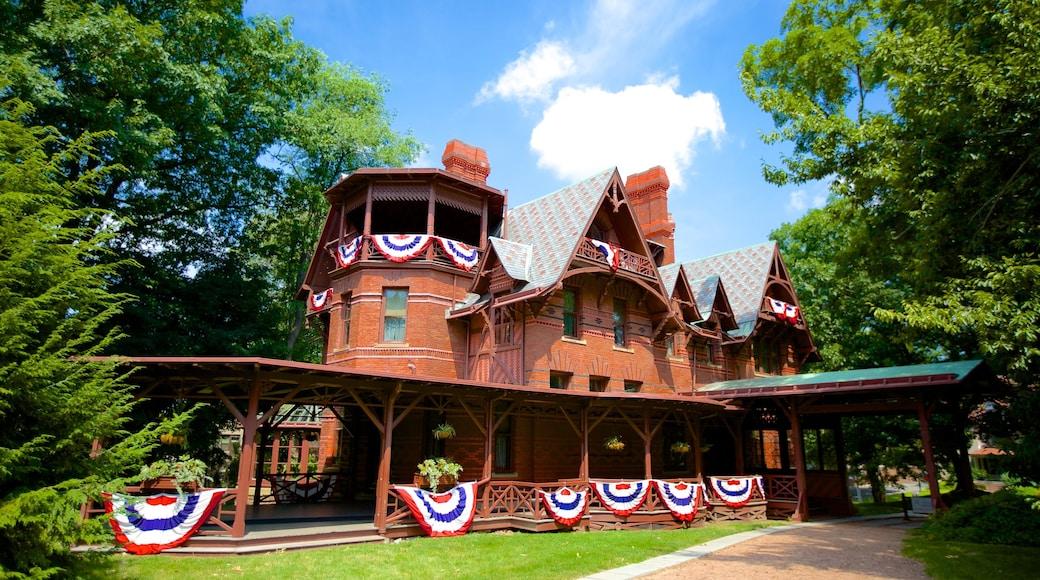 마크 트웨인 하우스 이 포함 집 과 문화유산 건축
