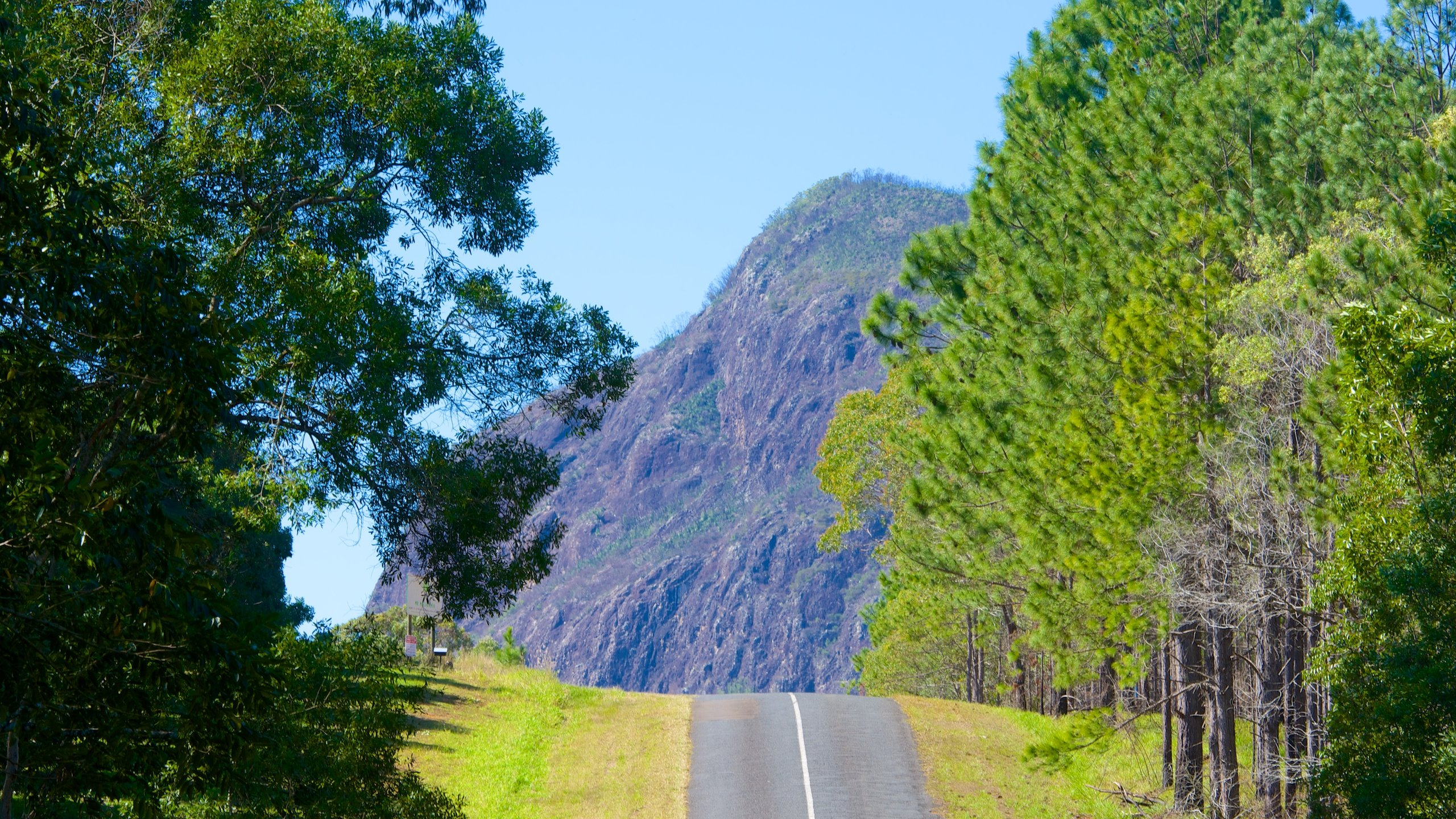 Glass House Mountains Vacation Rentals from $73: Search ...