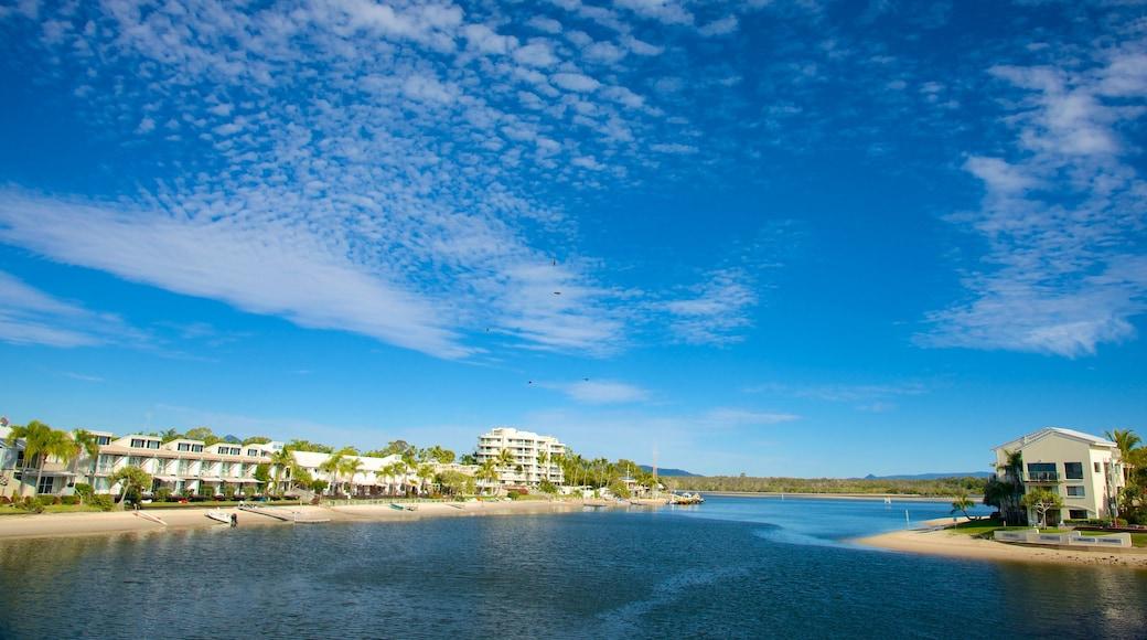 Noosa featuring a coastal town and general coastal views