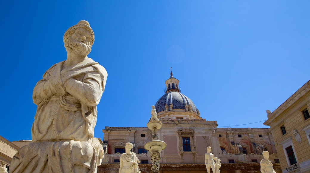 Via Maqueda which includes heritage elements, heritage architecture and a statue or sculpture