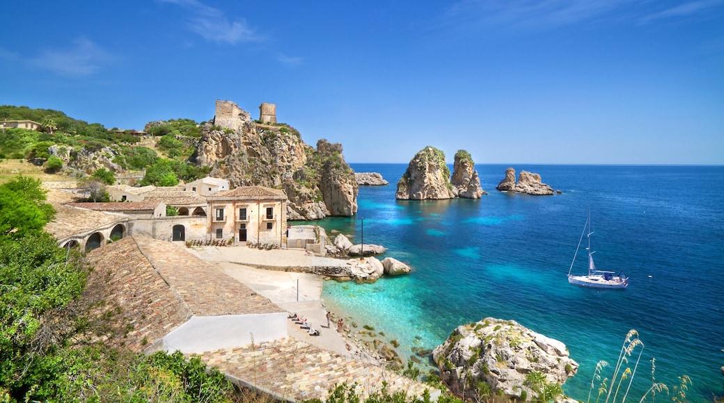 San Vito Lo Capo che include vista del paesaggio, vista della costa e costa frastagliata