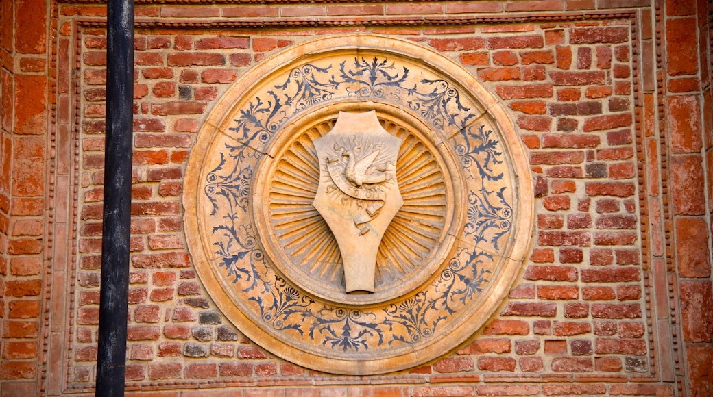 Santa Maria Delle Grazie que incluye arquitectura patrimonial, elementos patrimoniales y elementos religiosos