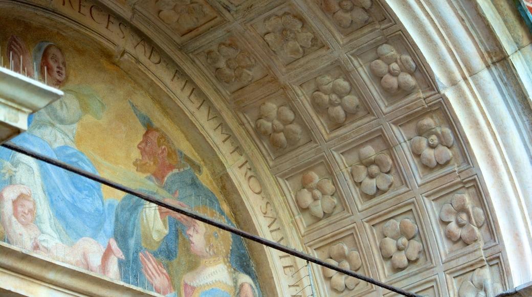 Santa Maria Delle Grazie mostrando arquitectura patrimonial