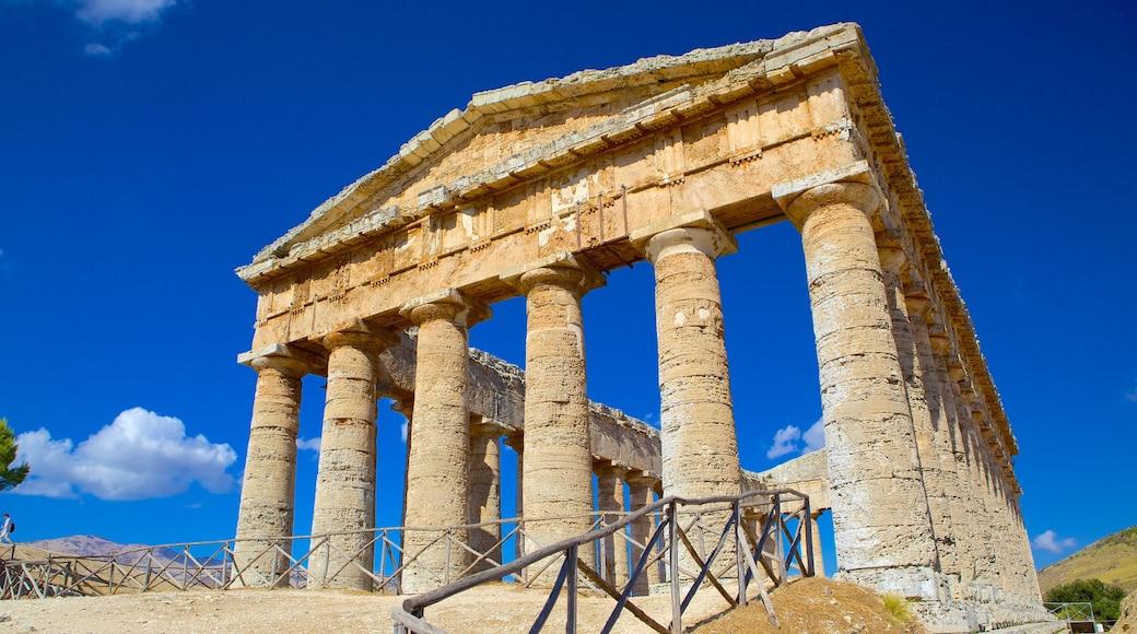 Griechischer Tempel von Segesta das einen historische Architektur, Ruine und Geschichtliches