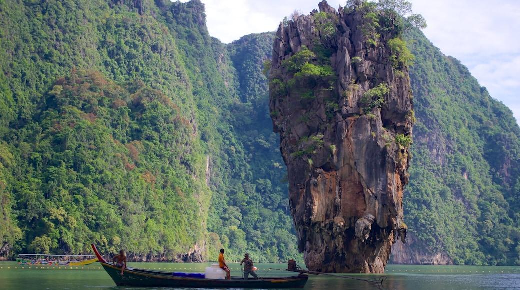พังงา เนื้อเรื่องที่ ภูเขา, การพายเรือ และ รูปเกาะ