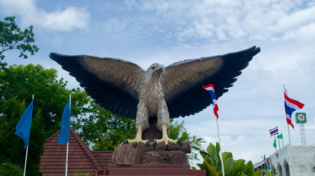 Krabi Town which includes a statue or sculpture and an administrative building