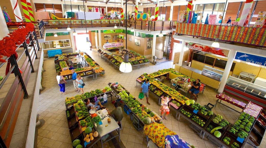 Uturoa showing food, markets and interior views