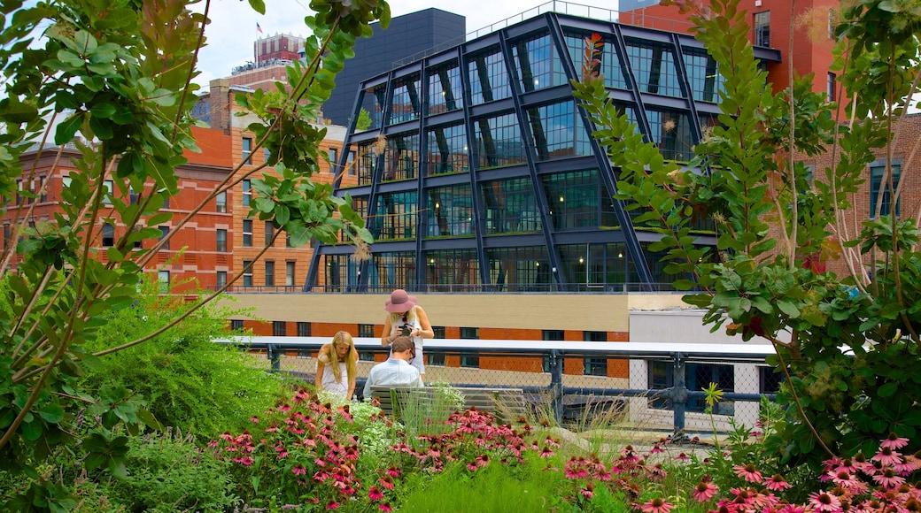 Parco di High Line caratteristiche di giardino cosi come un piccolo gruppo di persone
