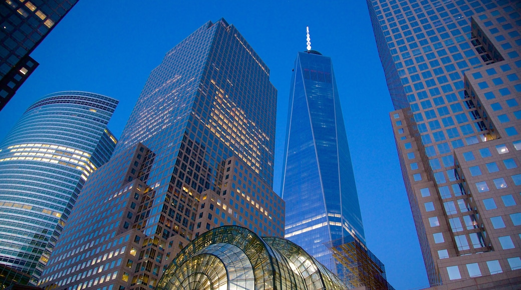 World Financial Center showing a city and a high rise building