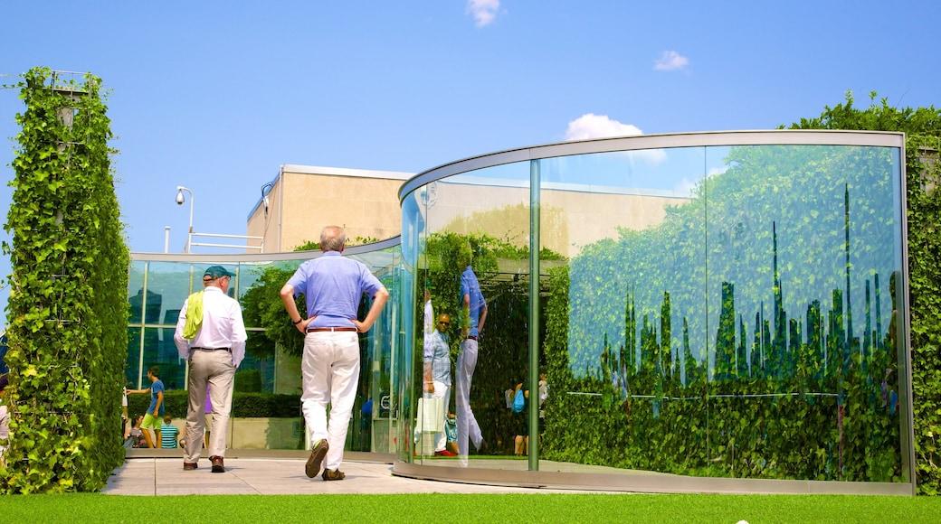 메트로폴리탄 미술관 을 보여주는 정원 뿐만 아니라 소규모 사람들